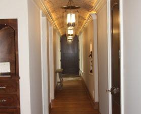 hall-way- design- rustic-brick