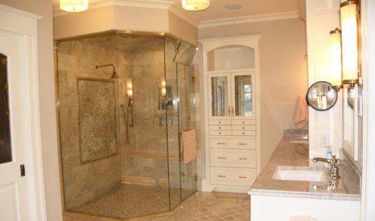 glam-bathroom